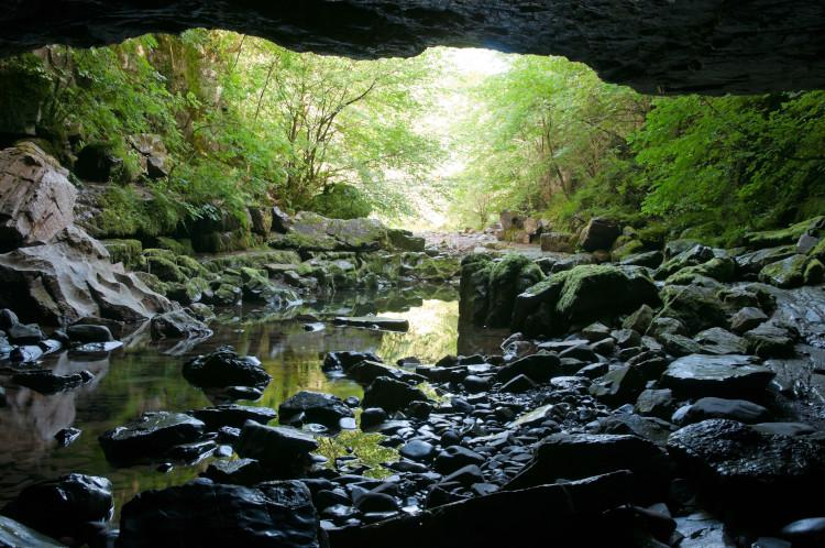 The mouth of the cave - Brecon Beacons