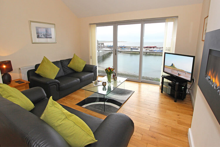 Lindisfarne View - dog-friendly holiday cottage in Seahouses