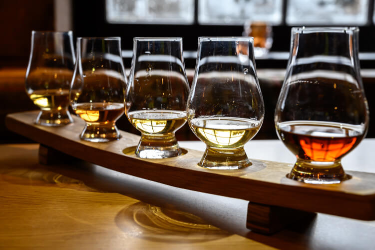 Discover the best distilleries in scotland