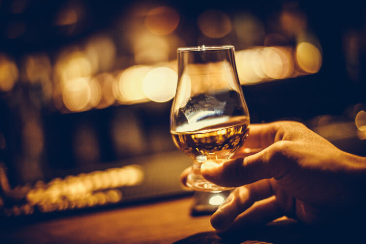 Plan your next whisky tasting experience in Scotland