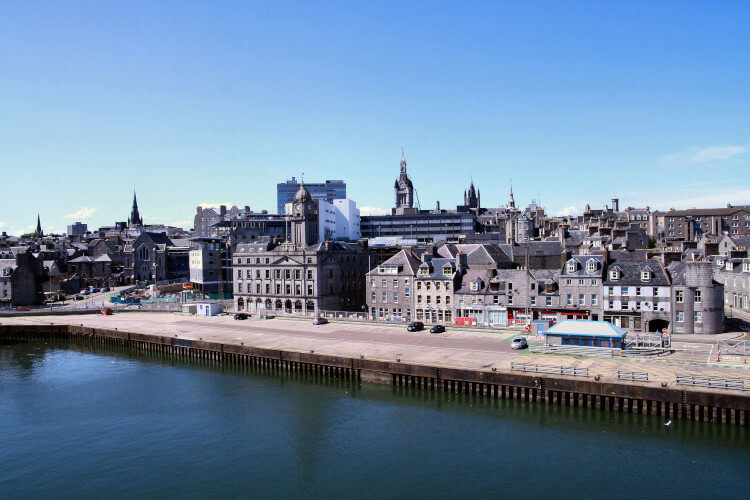 Aberdeen city in Scotland, discover the oldest pubs