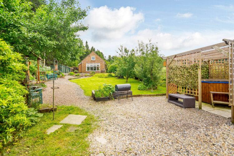 Forest Edge Cottage, sleeps 4, Northumberland