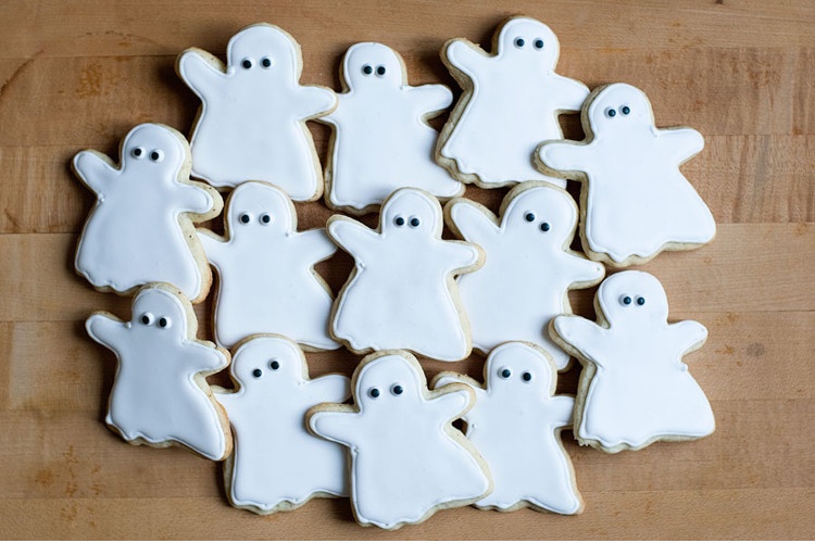 Dog ghost biscuits