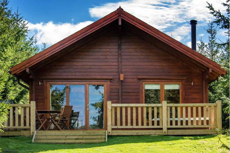Douglas Lodge and Norway Lodge dog-friendly cottages in Dorchester, Dorset