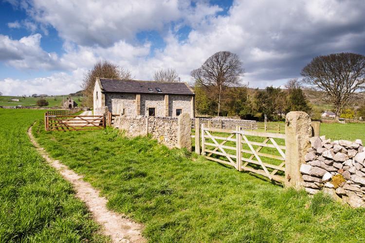 Orrs Barn dog friendly cottage at Little Longstone, Peak District