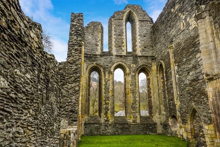 Valle Crucis Abbey in Llangollen, Wales