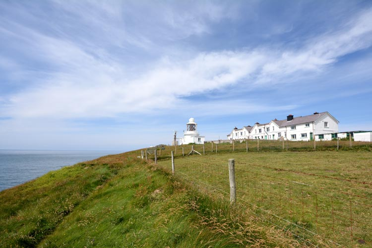 No 1 St Anns Head Lighthouse dog-friendly cottage in Dale, Pembrokeshire, Wales