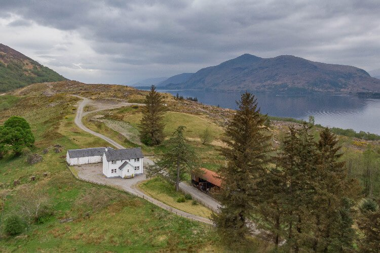 Coruanan Farmhouse Fort William