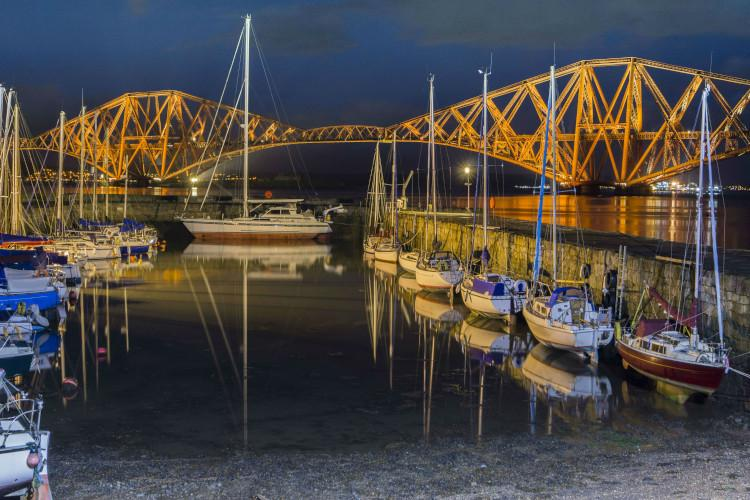 forth bridges boats