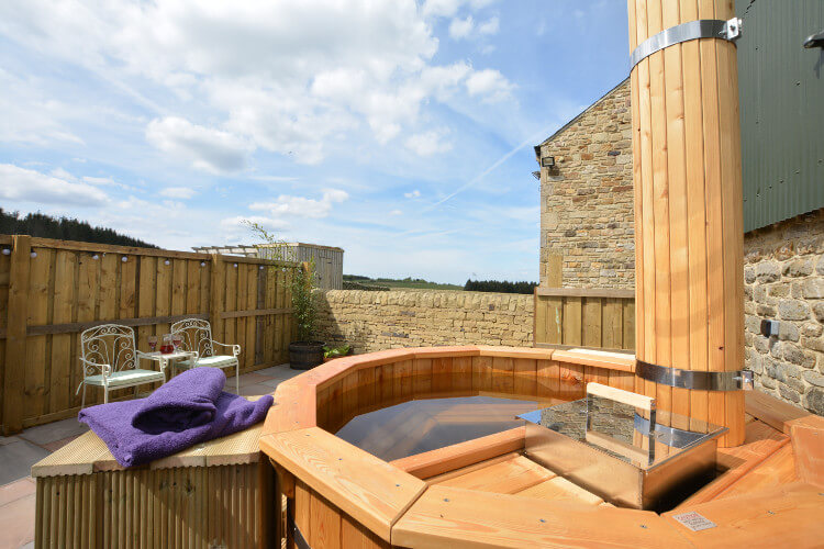 Burnhill Hishope hot tub