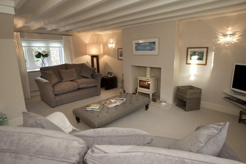 Luxury holiday cottage with a wood-burner