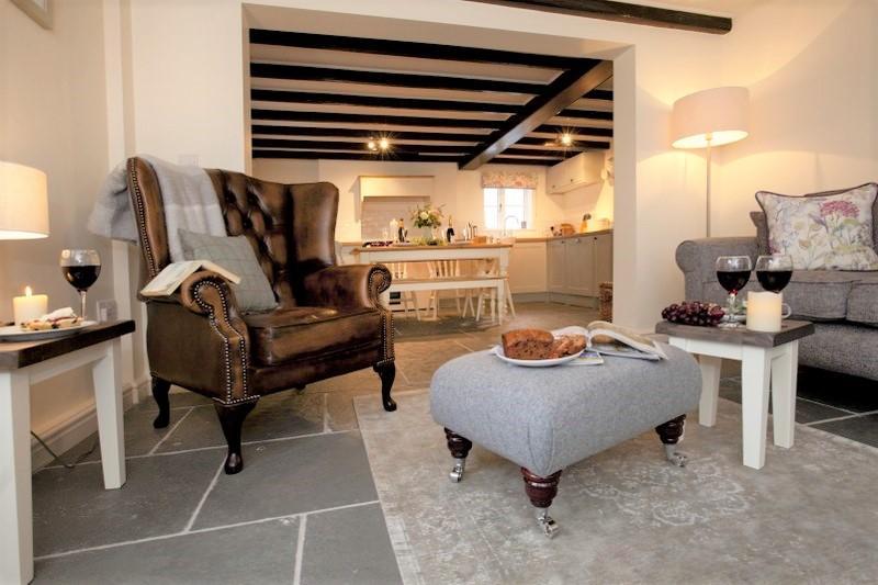 Vine Cottage living room