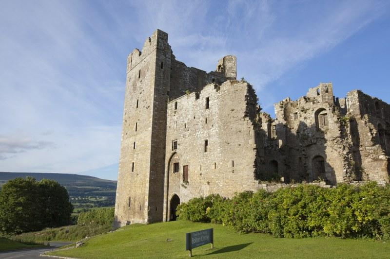 Explore the nearby Bolton Castle, just one of many fantastic attractions in this area...