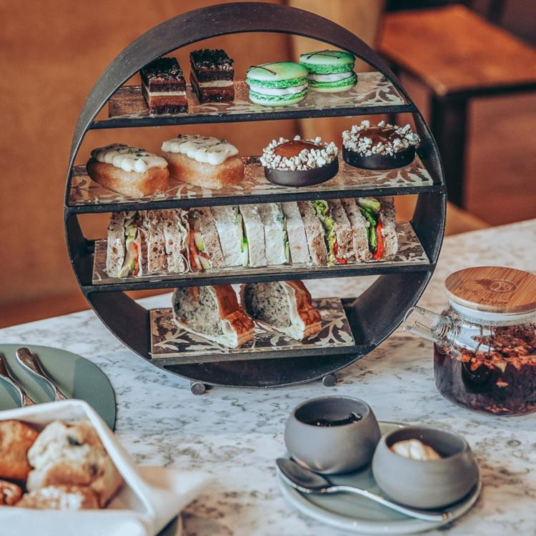 Dormy House Hotel - afternoon tea