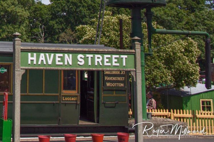 Havenstreet station