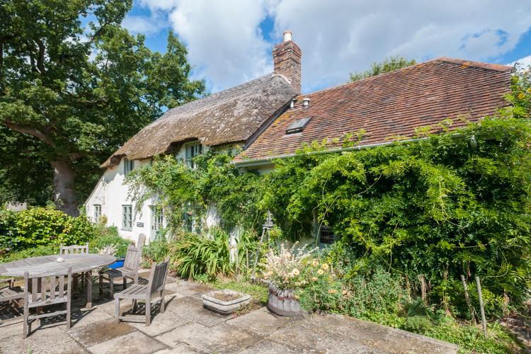 Holiday cottages near Bovington