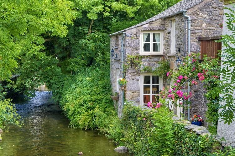 A picture-perfect house in Cartmel