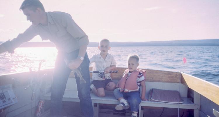 fishing fam boat resize