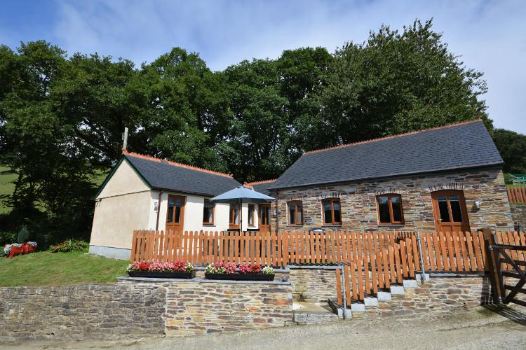 Holiday cottages in St Neot in Cornwall