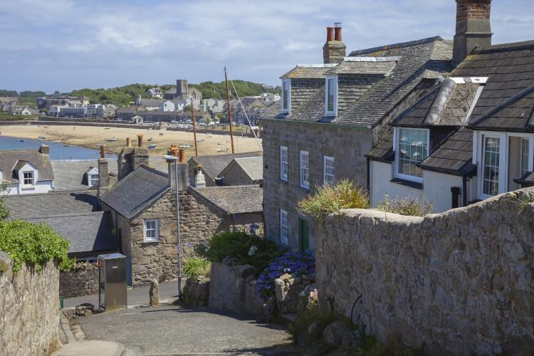 cottages on st marys scilly isles