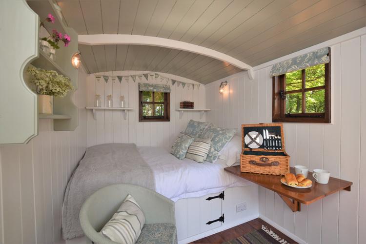 Bo-peep Clovelly interiors