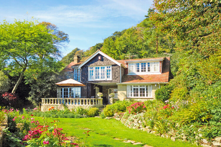 Spring Cottage - Bonchurch large house to rent for a weekend