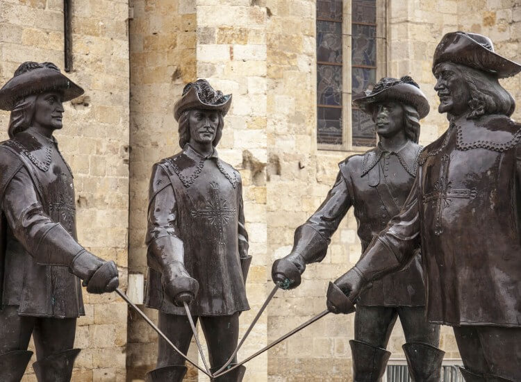 The Three Musketeers statue