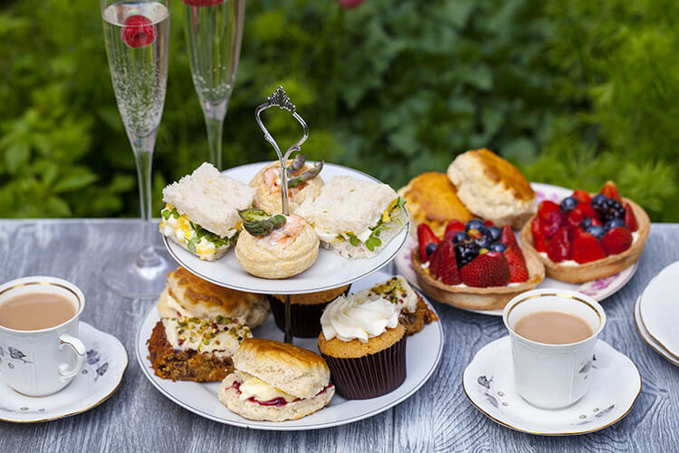 Try some prosecco with your afternoon tea