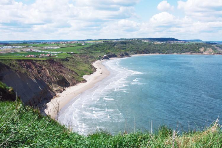 Best beaches in Yorkshire - Cayton Bay