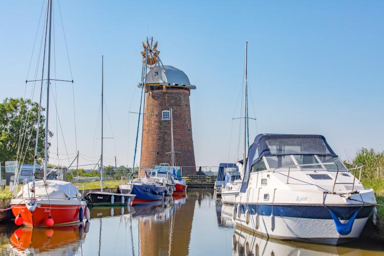 Things to do in Norfolk with kids - Norfolk Broads