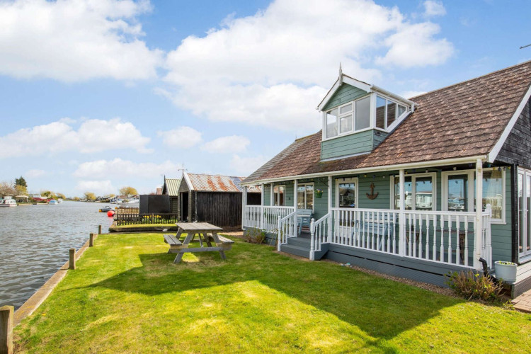 Plan your Norfolk getaway