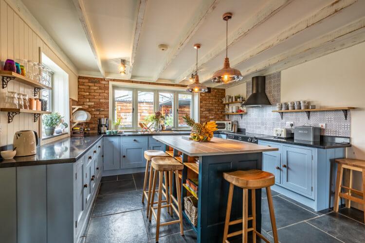 Welcombe Cottage kitchen